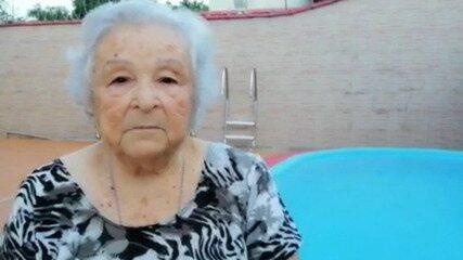 Idosa de 87 anos fala sobre passar aniversário de quarentena longe da família