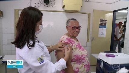 Vacinação dos idosos contra a gripe começa no Recife