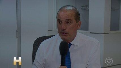 Ministro Onyx Lorenzoni, da Cidadania, afirmou que beneficiários do Bolsa-Família devem receber primeiro auxílio dos R$ 600 mensais
