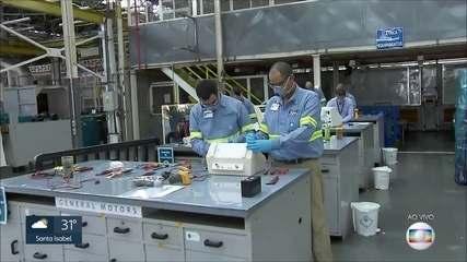 Coronavírus em SP: montadoras de carros consertam respiradores