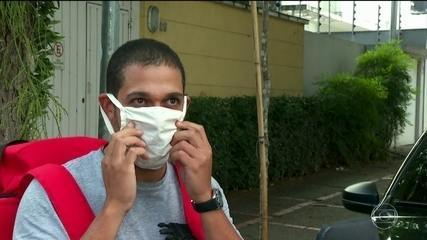 Máscaras caseiras recomendadas por Mandetta precisam seguir série de orientações