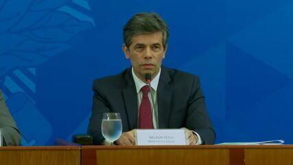 Ministro Nelson Teich diz que afastamento está na largada e que pretende desenhar a saída