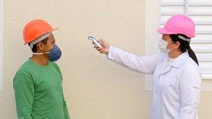 Canteiros de obras têm adaptações para garantir segurança durante pandemia
