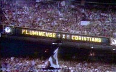 Relembre como foi a Invasão Corintiana ao Maracanã em 1976