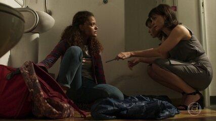 Natalie oferece apoio a Clara