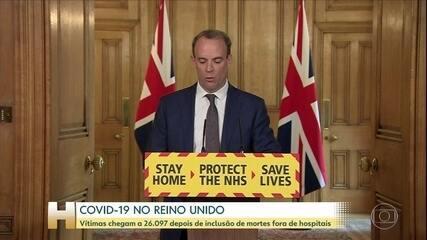 Reino Unido inclui pessoas que morreram fora de hospitais e chega a 26 mil vítimas