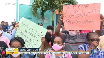 Moradores da zona rural de Feira de Santana protestam contra a falta de ônibus