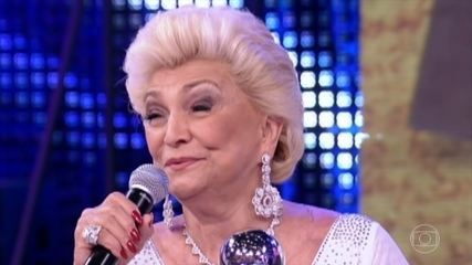 Domingão faz tributo a Hebe Camargo