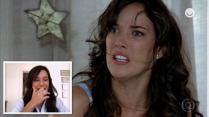 Adriana Birolli assiste e reage às cenas de Patrícia em 'Fina Estampa'