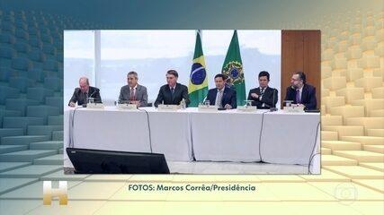 Bolsonaro admite que falou 'PF' na reunião e que 'interferência' visou segurança familiar