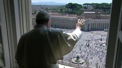 Público recebe 1ª bênção presencial do Papa em 3 meses