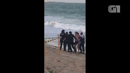 Turista russo é detido ao sair do mar em Muro Alto