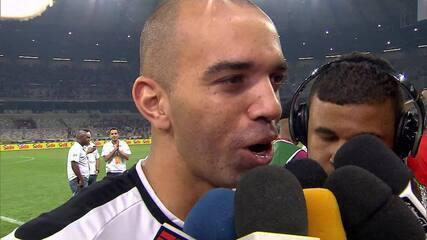"""Jogadores do Atlético-MG comemoram classificação às semifinais com """"dancinha do Mano"""""""