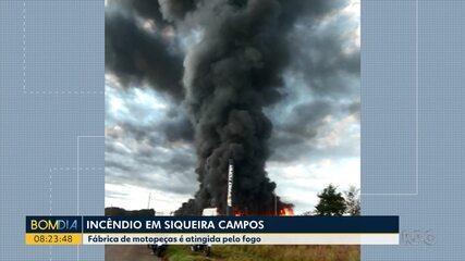 Incêndio atinge fábrica em Siqueira Campos