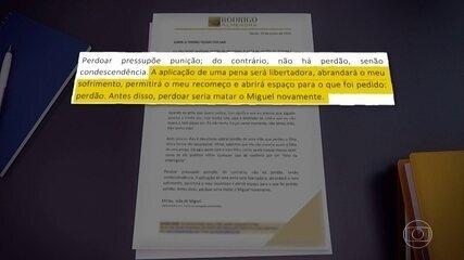 Mirtes, mãe do menino Miguel, assina carta em resposta a Sari Corte Real