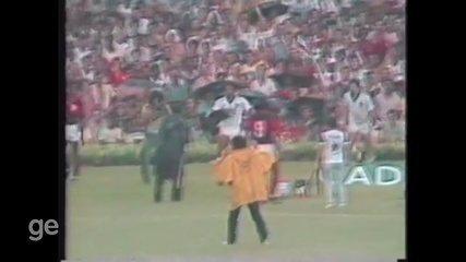 Ex-lateral do Fluminense, relembra carreira no Maracanã