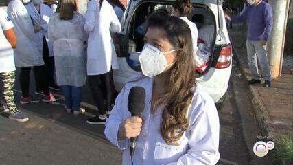 Prefeitura de Marília vacina população contra a gripe e realiza testes de Covid-19 em casa