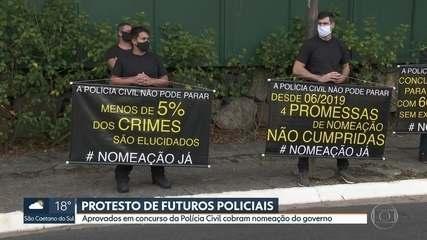 Aprovados em concurso da Polícia Civil protestam na capital
