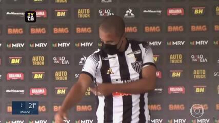 Atlético-MG apresenta zagueiro Bueno, que estava no futebol japonês