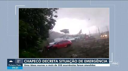 Chapecó decreta situação de emergência após fortes ventos; uma idosa morreu
