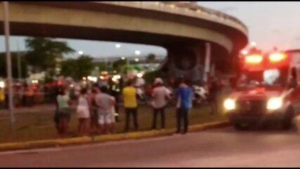 Homem e duas crianças caem de viaduto em frente ao Aeroporto do Recife