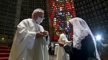 Igrejas voltaram a ter missas com a presença de fiéis na cidade do Rio