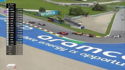 Luta por posição acaba prejudicando Vettel, que roda