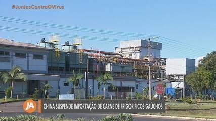 China suspende importação de mais dois frigoríficos no RS em meio a receio sobre Covid-19