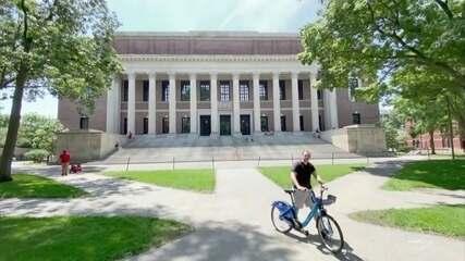 Harvard e MIT entram com ação na Justiça contra ação do governo Trump
