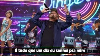 Martinho da Vila canta 'Mulheres' com a platéia