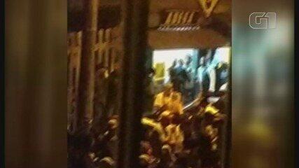 Moradores denunciam aglomeração de centenas de pessoas durante baile funk em Bertioga, SP