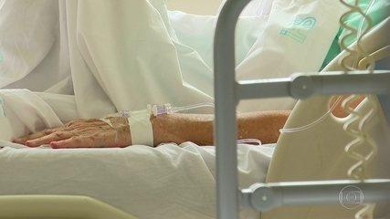 Projeto prevê que planos paguem por remédios de ingestão oral contra o câncer