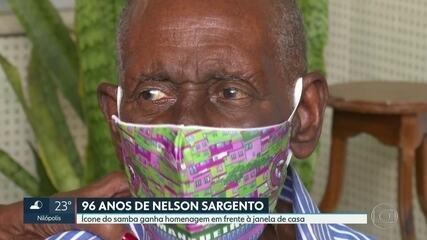 Nelson Sargento ganha homenagem na porta de casa durante a quarentena