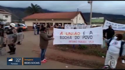 Manifestação em Antônio Pereira