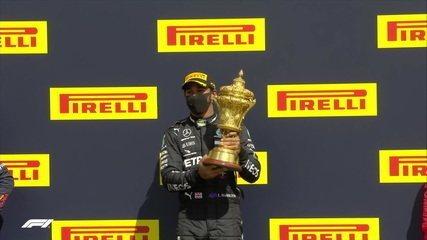 GP da Inglaterra: Hamilton vence de forma dramática após ter pneu furado na última volta