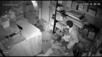 Papelaria é alvo de assalto em Afogados, na Zona Oeste do Recife