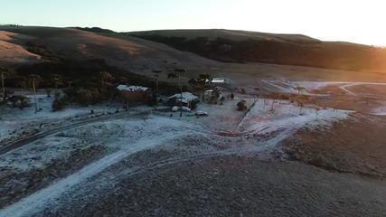 Nove cidades do RS registraram neve entre nesta quinta (20) e sexta (21)
