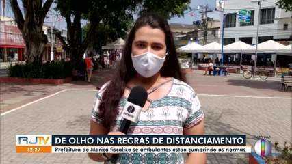 Prefeitura de Maricá, RJ, fiscaliza se ambulantes estão cumprindo as normas após retorno