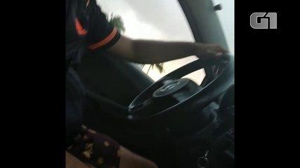 Mulher denuncia motorista por ato libidinoso e filma conduta imprópria