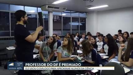 Professor da rede pública do DF ganha prêmio Educador Nota 10