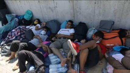 União Europeia tenta ajudar migrantes desabrigados na ilha grega de Lesbos