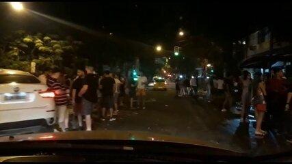 Registro de aglomeração em bares do Leblon, Zona Sul do Rio