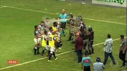 Série C: partida termina antes da hora após confusão entre os jogadores e a polícia