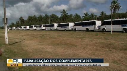 Motoristas de transportes complementares protestam em Alagoas
