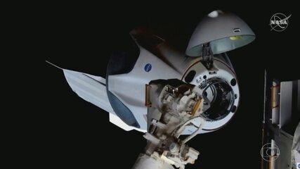 Estação Espacial faz manobra para evitar colisão com lixo espacial