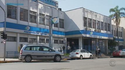 Justiça Federal suspende a volta ao trabalho de peritos do INSS no RS nesta quarta (23)
