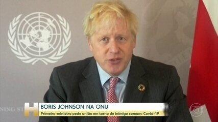 "Boris Johnson diz que novo coronavírus pegou humanidade ""cochilando"""