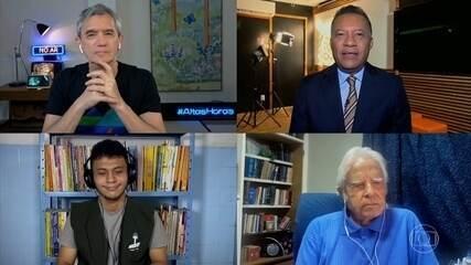 Cid Moreira e Heraldo Pereira conversam com um jovem aprendiz de repórter