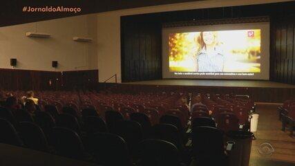 Cinema de Santa Rosa realiza sessões diárias para até 200 pessoas
