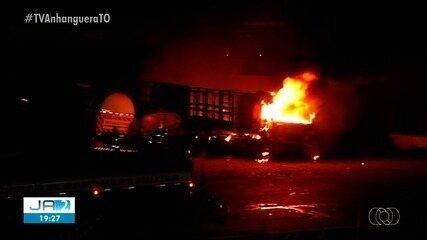 Incêndio de grandes proporções atinge pelo menos três caminhões em Araguaína